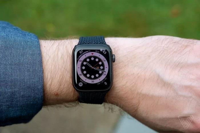 苹果 Apple Watch 出货量接近 1 亿台,全球市场份额占比 55%