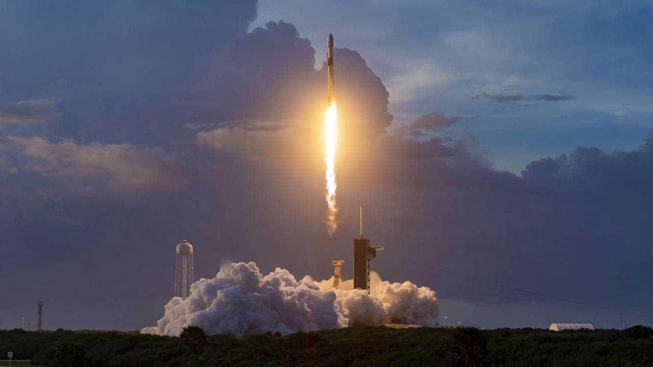 SpaceX再次成功将60颗新的Starlink卫星送入轨道
